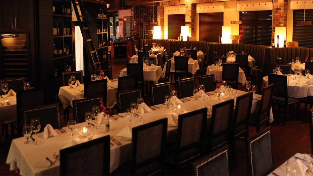 Private dining special events vines grille wine bar for Best private dining rooms orlando