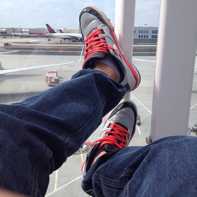 Watching air flights while I'm rocking air flights.. (Sounds like the opening line to my next mixtape..)
