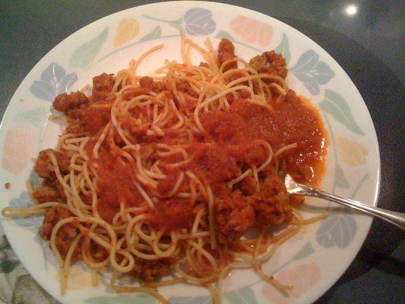 Mmmmm late night spaghetti.. Take that atkins diet!