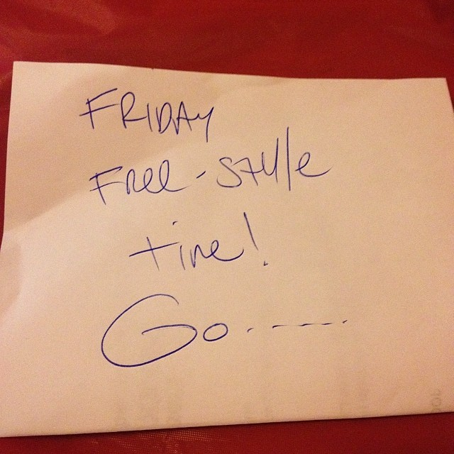 A picture says a 1000 words.. This one says it's Friday freestyle time! hit me!