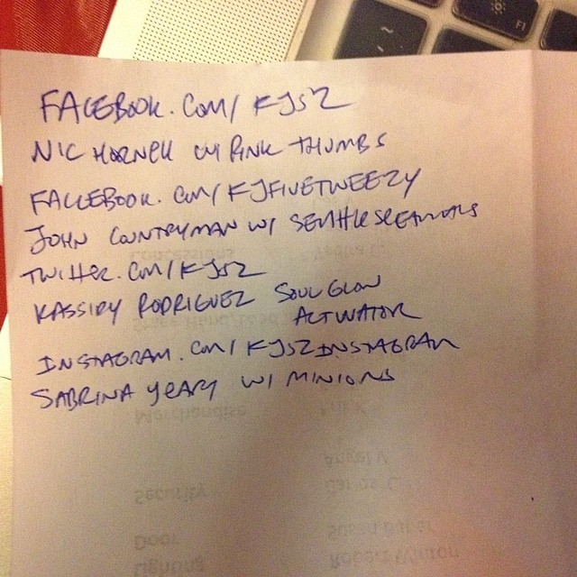 Got my topics! Pink thumbs/Seattle Seahawks/@soulglowactivtr /minions
