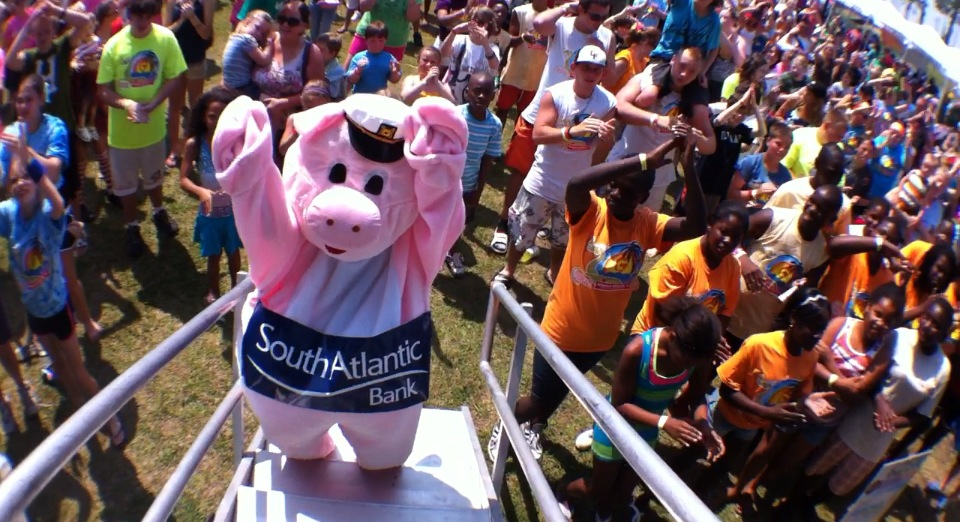No joke.. There was a pig dancing @ my show yesterday. How many other rappers can say that?