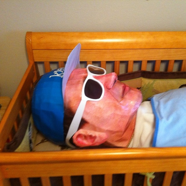 #tbt a fan made a 360* mold of my head & we sent this pic out when my 2nd son was born.. Ha ha.