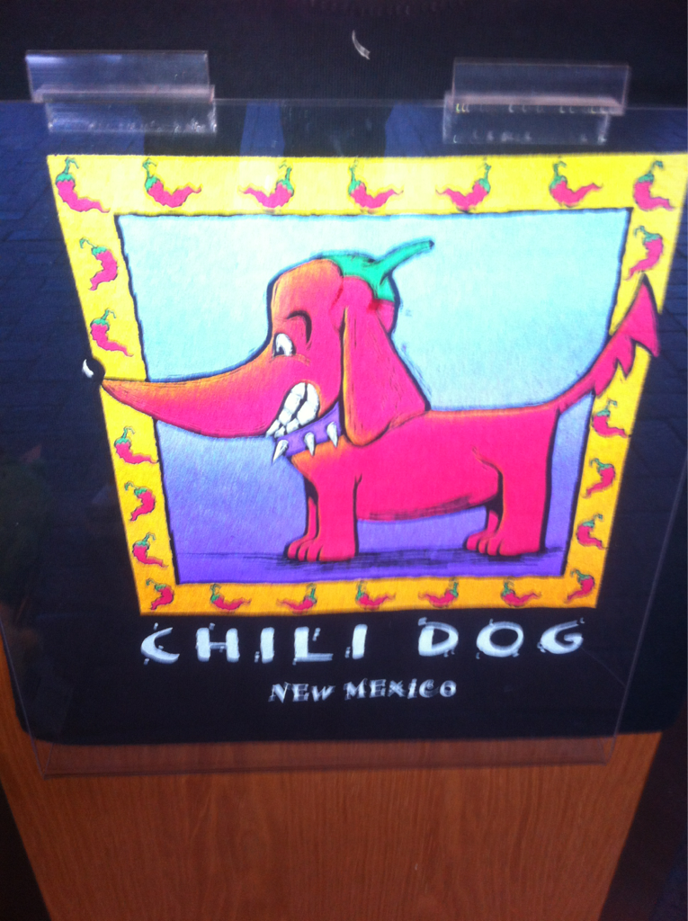 Uhhhhhhhhh yes I'd like a chili dog without the tail.