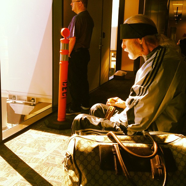Flyest old guy I've ever seen.. Gucci bag/j's on/tooth pick & willie Nelson pony tail… My man was killing it. (at Hartsfield-Jackson Atlanta International Airport (ATL))