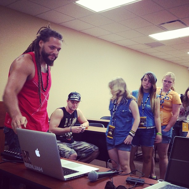 @benjahmusic teaching production today @ my free time class @ camp electric (at Southeastern University)