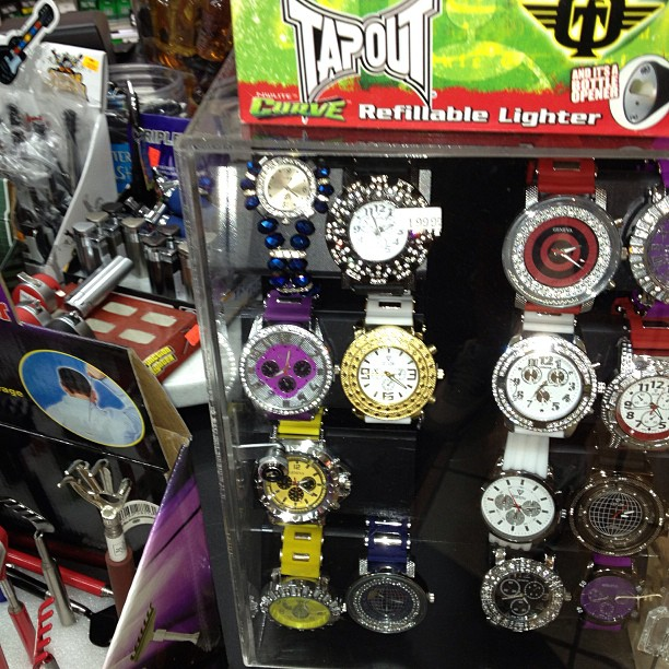 Definition of balling.. Buying a iced out Rolex @ the same place you buy beef jerky.