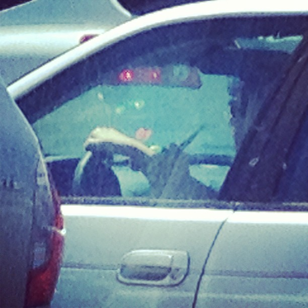 Wow.. Lady pulled up next to me @ the stoplight straight up smoking a hookah..