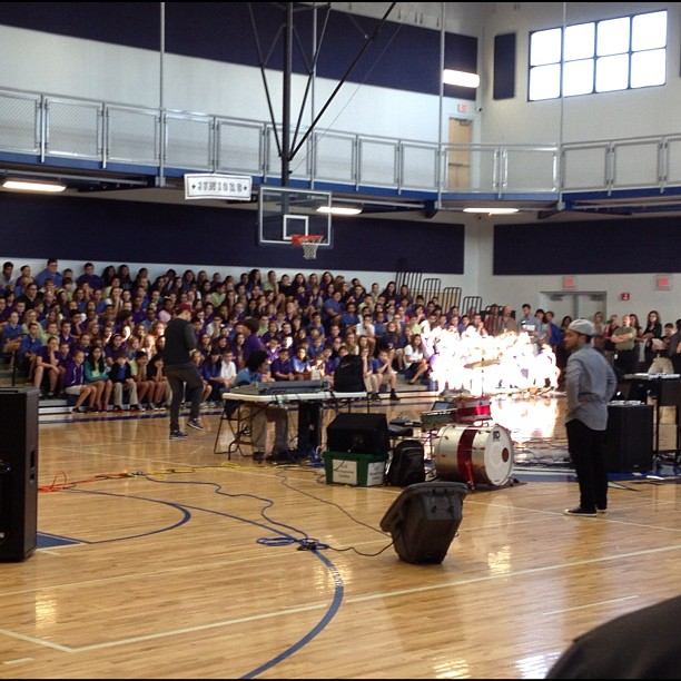 Rocking a school assembly this AM w/ @pedrolatorre in Cape Coral @ (at Oasis Middle School)