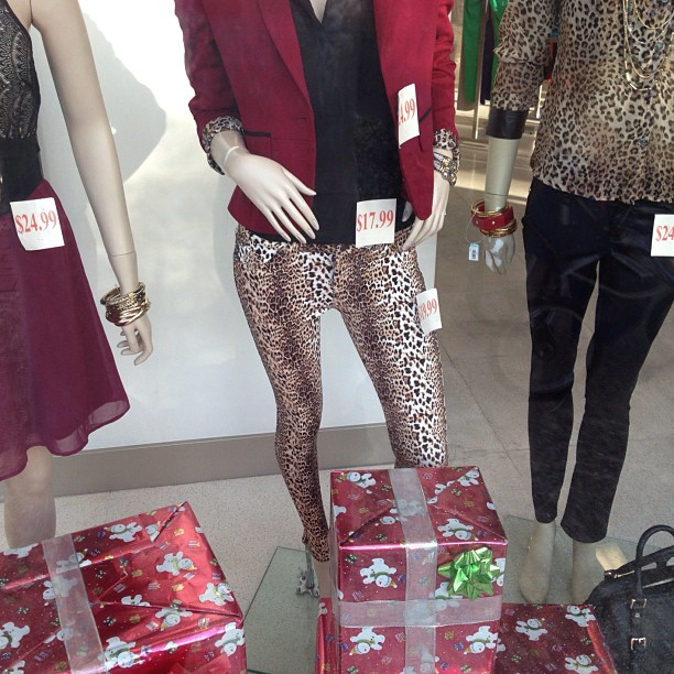Hey lil' Wayne I found ur jeggings from the VMA's .. Unfortunately this mannequin borrowed em. (at Miromar Outlets)