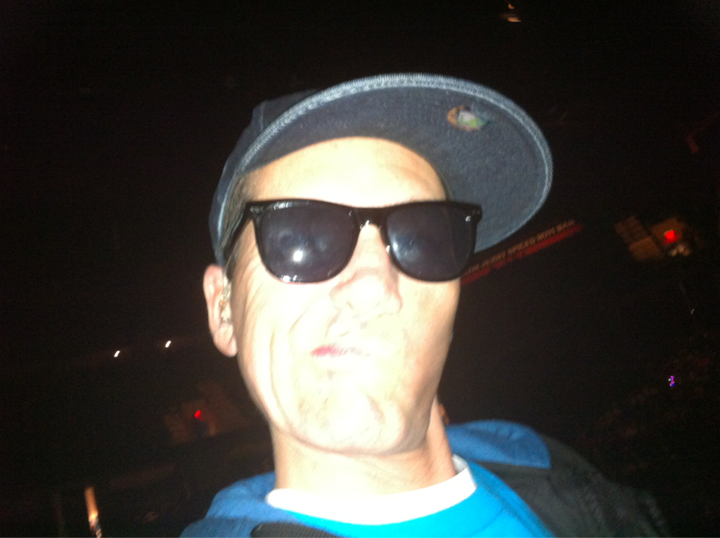 Nothing more ridiculous than a rapper with shades on in the dark onstage…