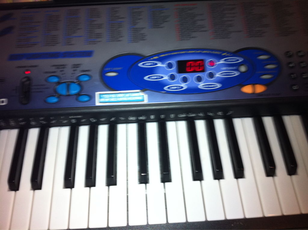 Friday freestyle time! The First topic given will be used off my social networks.. (and the beat will be created off this terrible keyboard) GO!