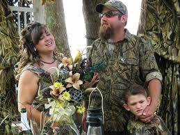 """I like to collide into people wearing camoflage and say """"ooops I didn't see u ur wearing camouflage"""""""