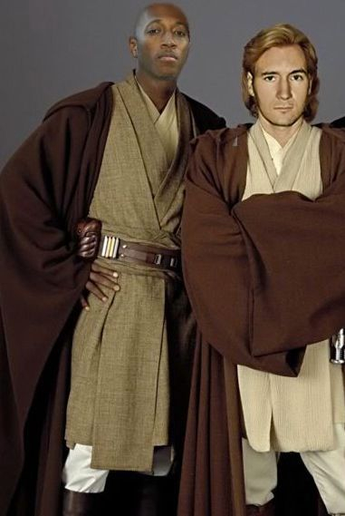 Just in case you ever wondered what me and @Lecrae would look like as mace windu and obi won..