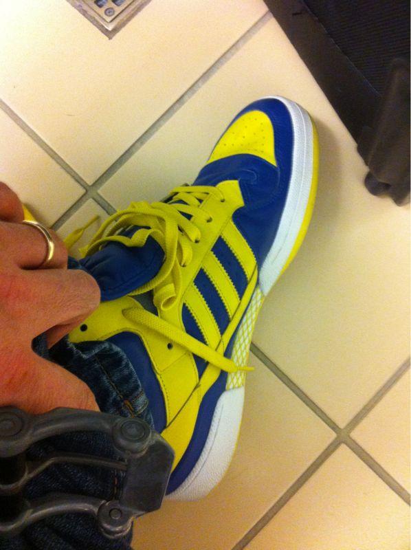 TSA ran a test on my sneaks? Then the lady came back and said she wanted to keep em.. Ya boy got. #sneakerswag ha ha..