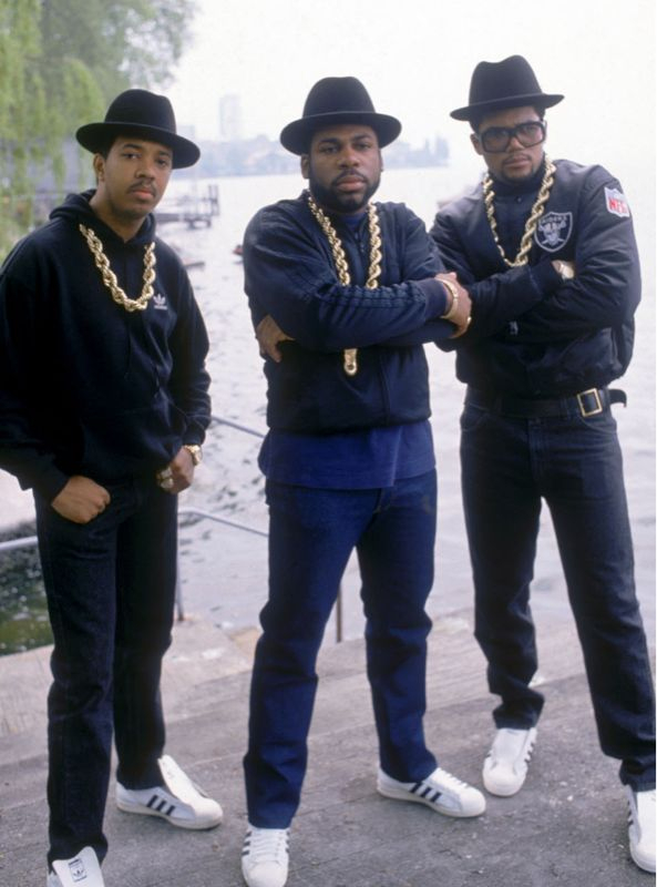 For the life of me can't figure out why rappers/people are mad @ skinny jeans..did we simply forget 1974-1994?