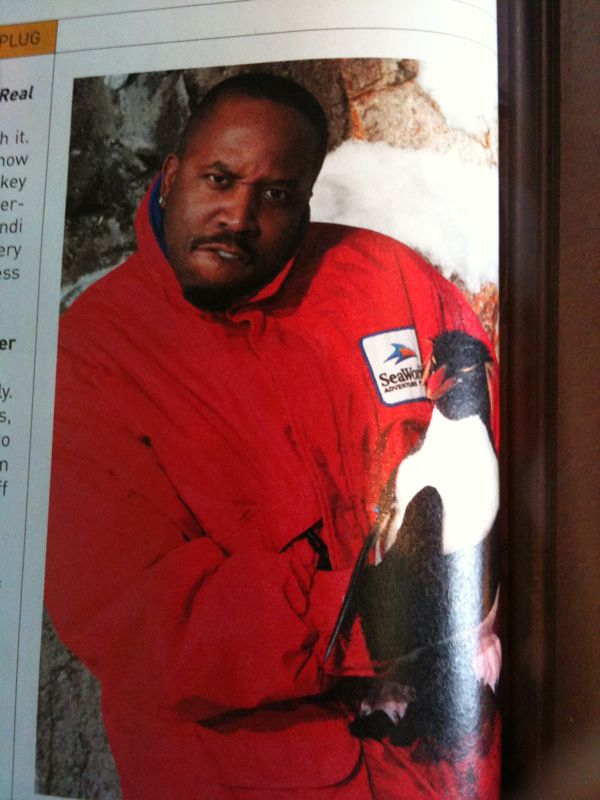 Seriously only a hip hop artist would try and looked thugged out holdin a penguin..