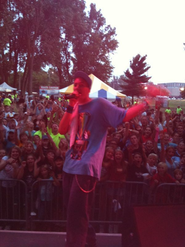 Just landed back in florida.. Had a great show in Muskegon MI. with unity festival yesterday..