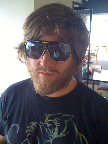 This guy swears he's not zac galifinakis but I have thoughts otherwise…otherwise