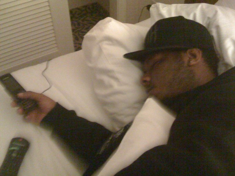 I let homeless rapper theory Hazit sleep in my hotel room last night.. He fell asleep with his cell in his hand.