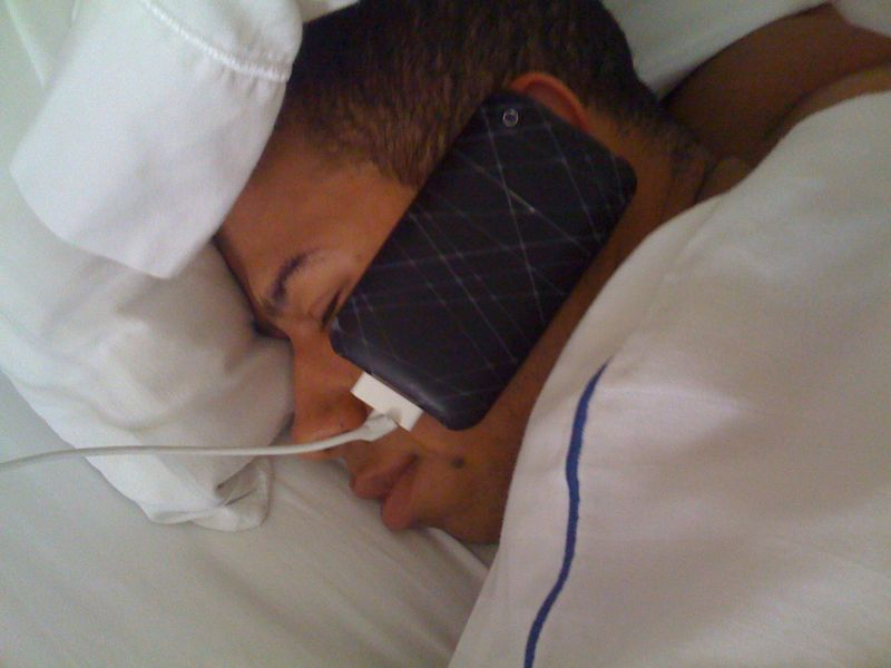 Dj x is so committed to talking on the phone he falls asleep with it on his face..see pic..