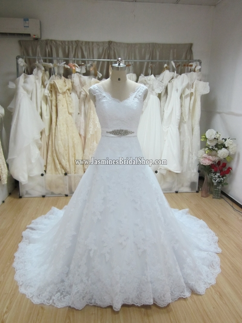 A Modified Inspiration of P.R. Uceda — Jasmine\'s Bridal Shop