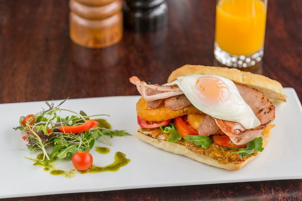 clovelly-restaurant-warrnambool-best-western-olde-maritime-bacon-eggs.jpg