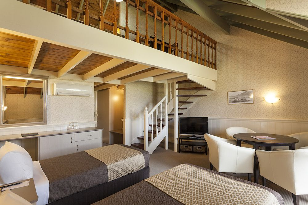 best-western-olde-maritime-warrnambool-hotel-motel-accommodation-family-mezzanine.jpg