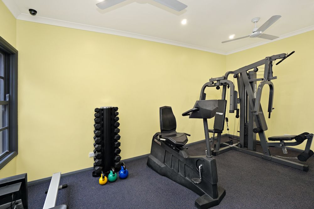 best-western-olde-maritime-warrnambool-hotel-motel-accommodation-free-weights-gym.jpg