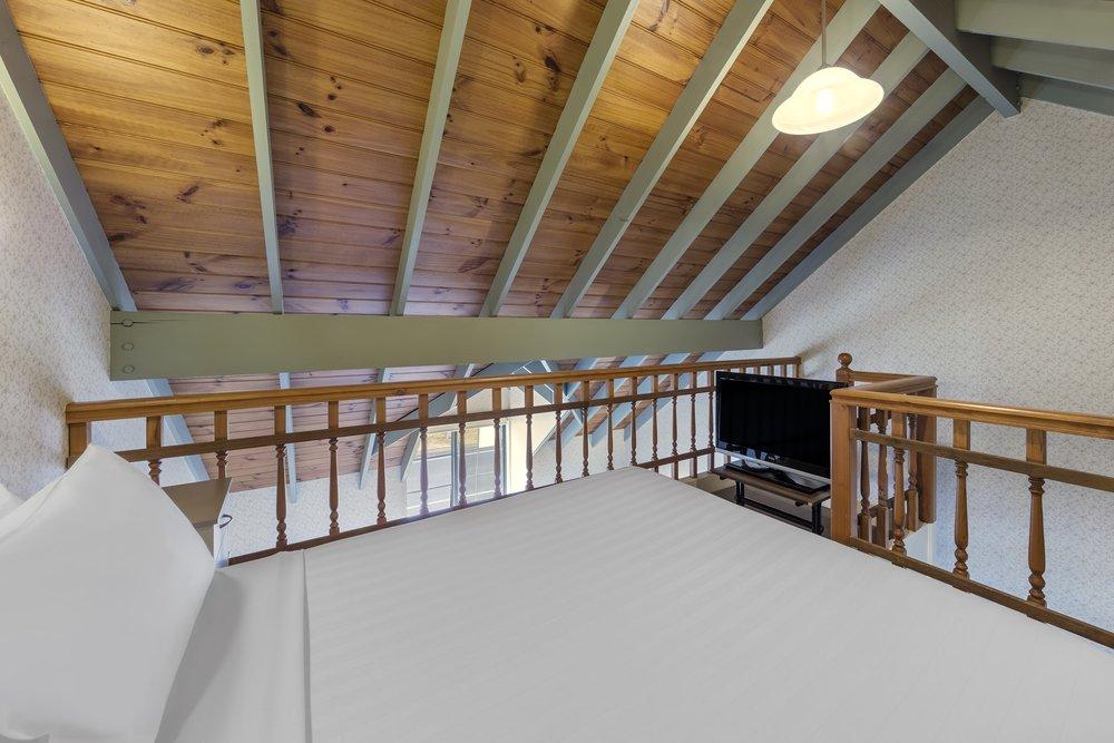 best-western-olde-maritime-warrnambool-hotel-accommodation-family-mezzanine-3.jpg