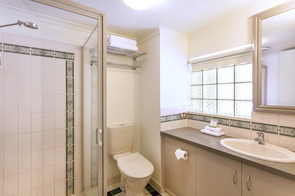 best-western-olde-maritime-warrnambool-hotel-accommodation-premium-twin-4.jpg