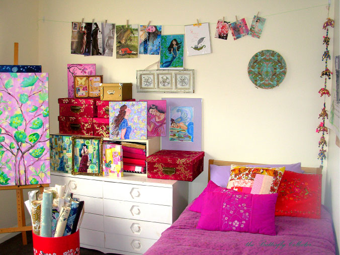 guestart-room-mark-butterfly-collector.jpg