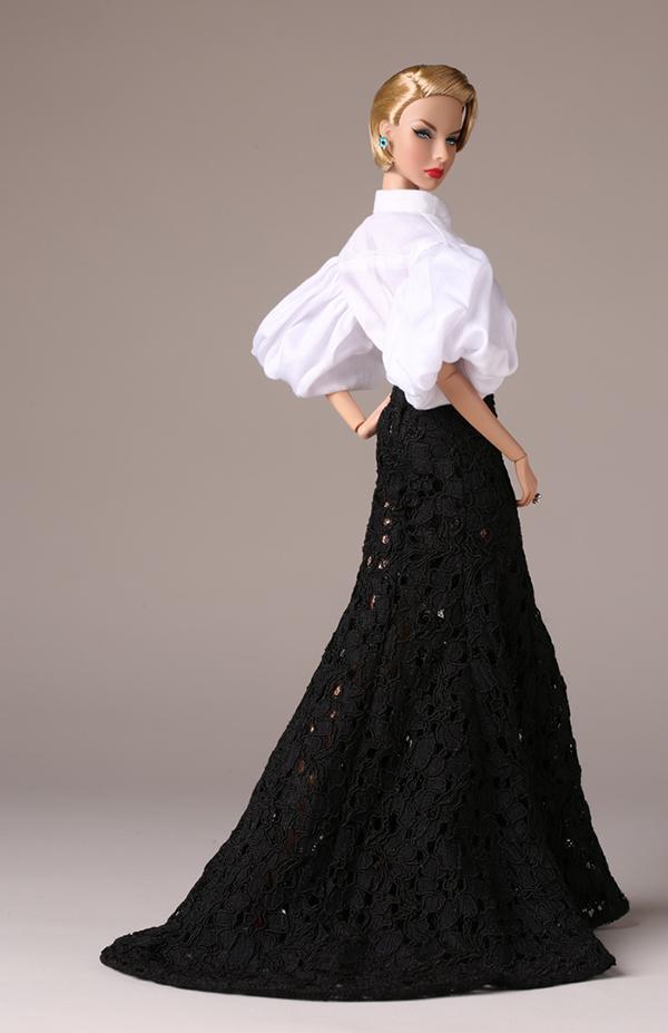 Agnes Von Weiss merveilleuse doll