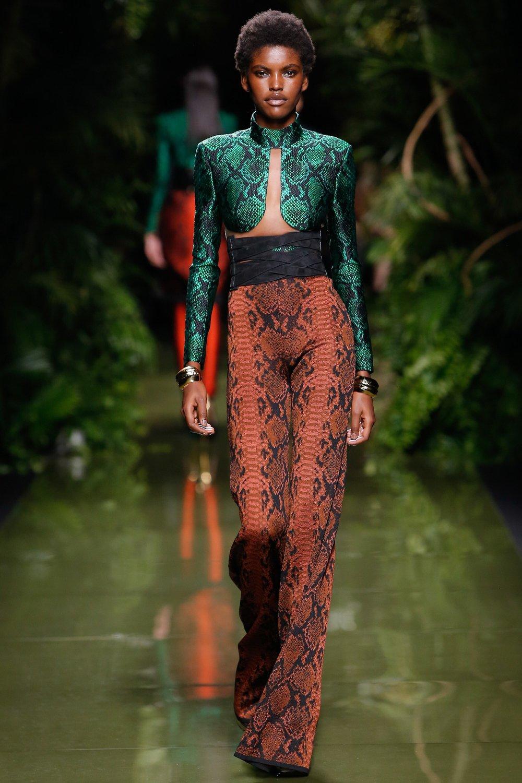Balmain Ready To Wear Spring 2017 - photo Vogue Runway Monica Feudi InDigital.tv