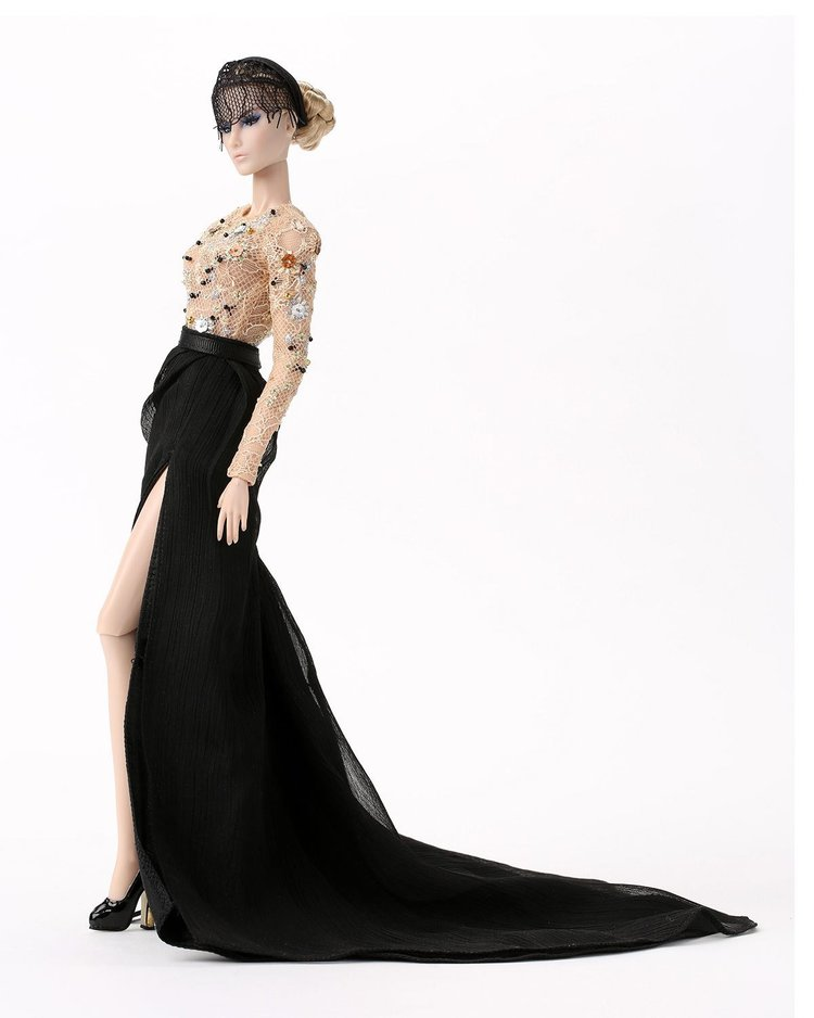 The Bergdorf Goodman Jason Wu 10th anniversary dolls sell out just ...
