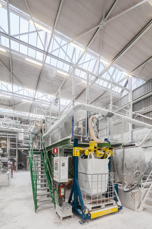 Bedrijfsfotografie in de mineralen industrie te Zwolle, in opdracht van een Amerikaans reclamebureau