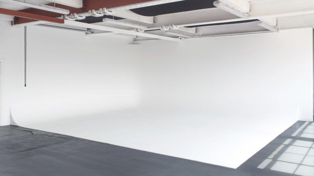 Huren bevalt eigenlijk primaen ik heb nu mijn eigen licht weer: Broadscope Studios Glasgow.