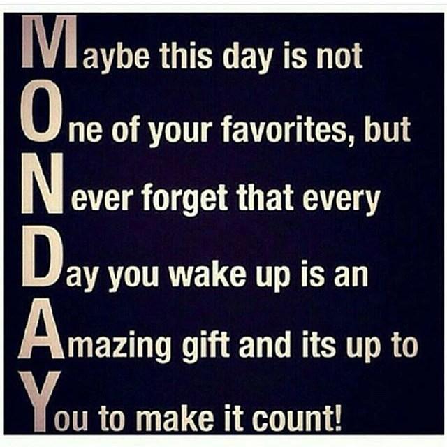 Quit dreading MONDAY and make it count... #tamerascloset #iamtameranichole #lifestyleblogger