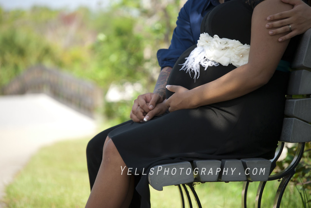 Maternity Pictures Fort Myers.jpg