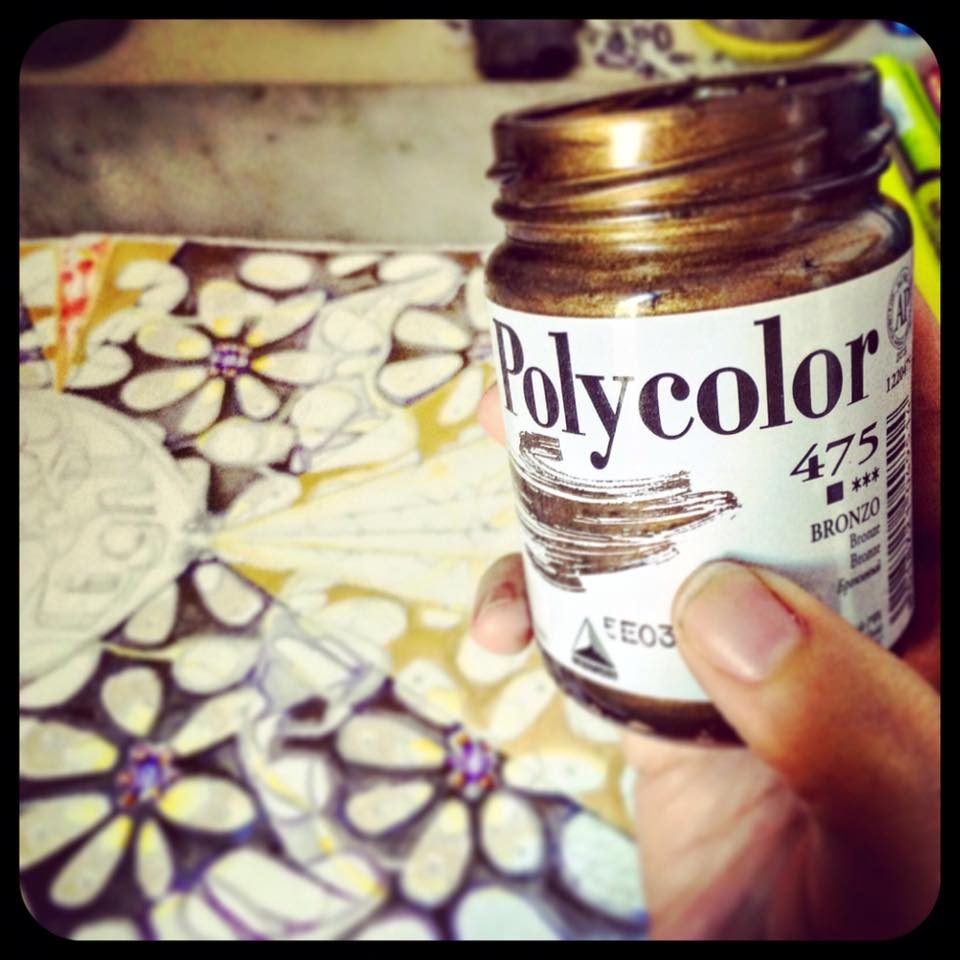 Day 10: And now for something completely different... after all the tinted layers of blue and lavender, it's time to go back over the same areas with a semi-transparent coat of the perfect shade of bronze: not too red and not too yellow. The effect will be full-on fabulous!