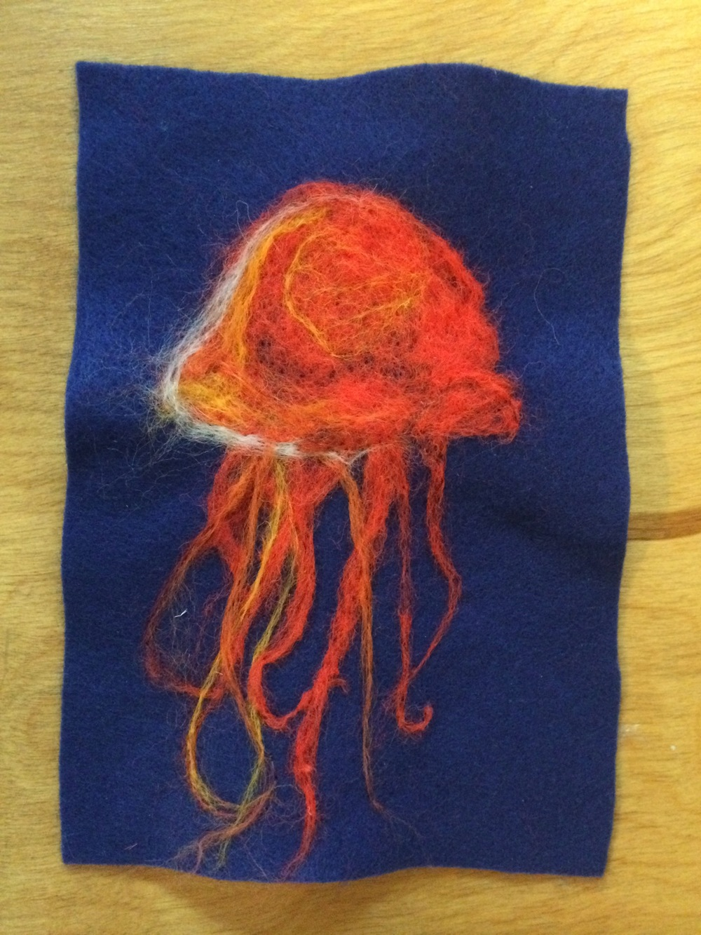 Stunning needle-felted jellyfish. Love the colours!