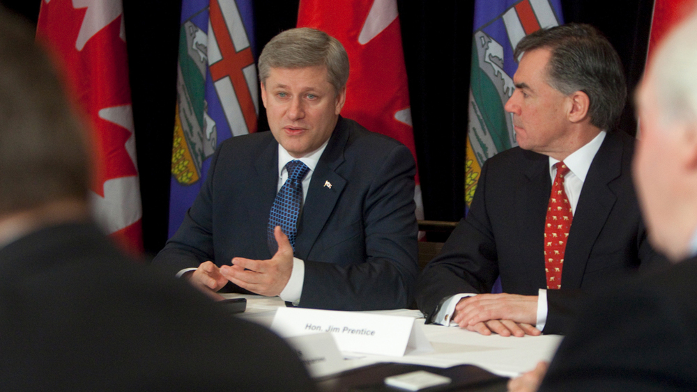 Prime Minister Harper with Jim Prentice, Minister of the Environment.  8 February 2010.