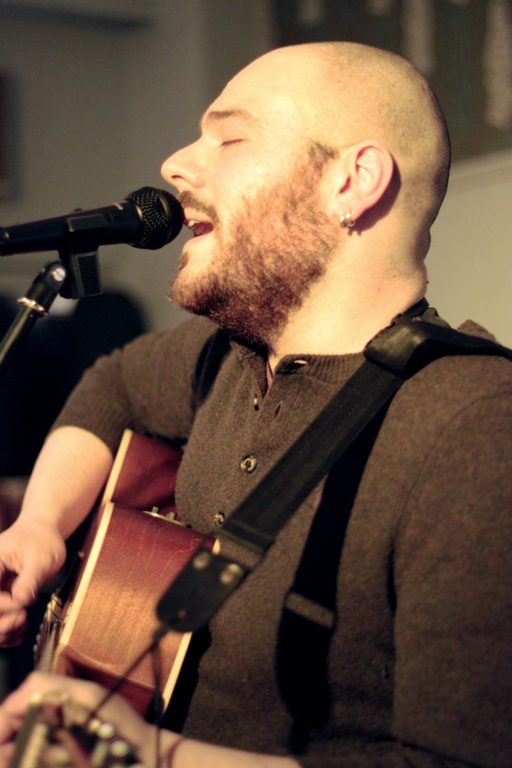Live at Folking Aroud - Kingston02/2015