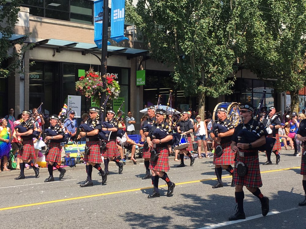 Vancouver Police Pipe Band has Pride! (Gordon Hu Photo)