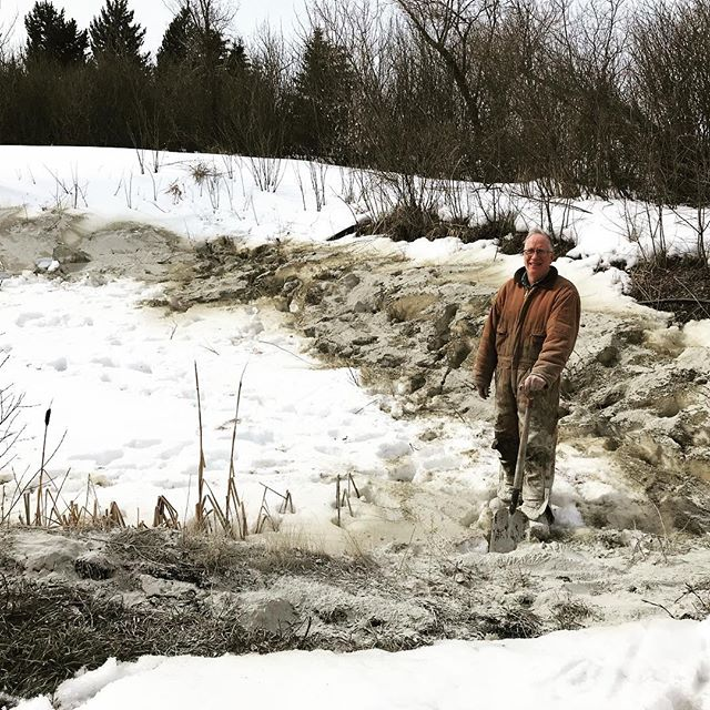 We are lining the edges of the pond with Bentonite clay...Getting ready to capture the spring runoff. Last year the pond held pretty well but had a little seepage. We are hoping this will solve that.  #downtoearthfarm #Spring #ponds