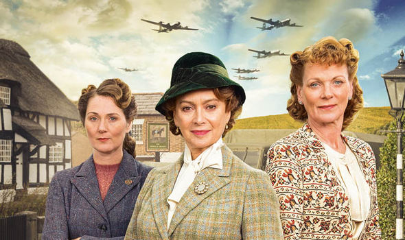Home Fires Series 1 & 2