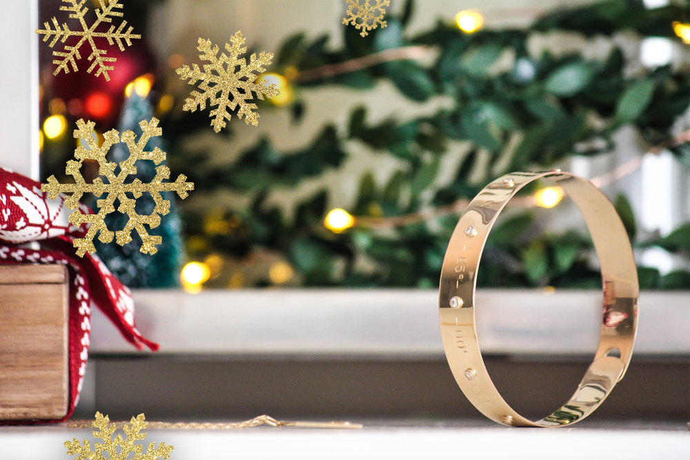 a-very-kerry-christmas-14k-yellow-gold-coordinates-bangle-with-snowflakes.jpg