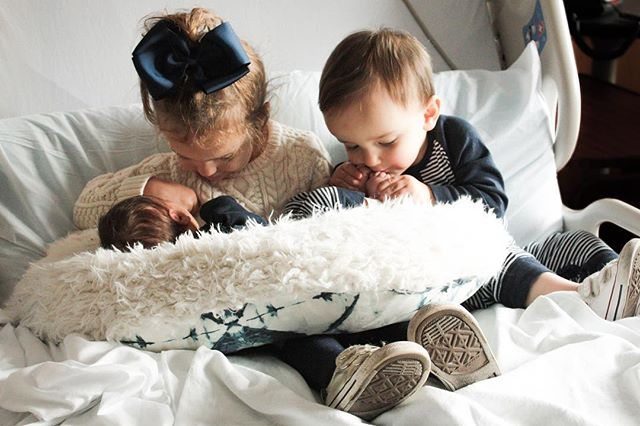 Another year, another Byrne baby 💙 Welcome, Baby Griffin! I plan to induct you into my fan club via bribery 💙   Disclaimer: these are my sister's kids, not mine.