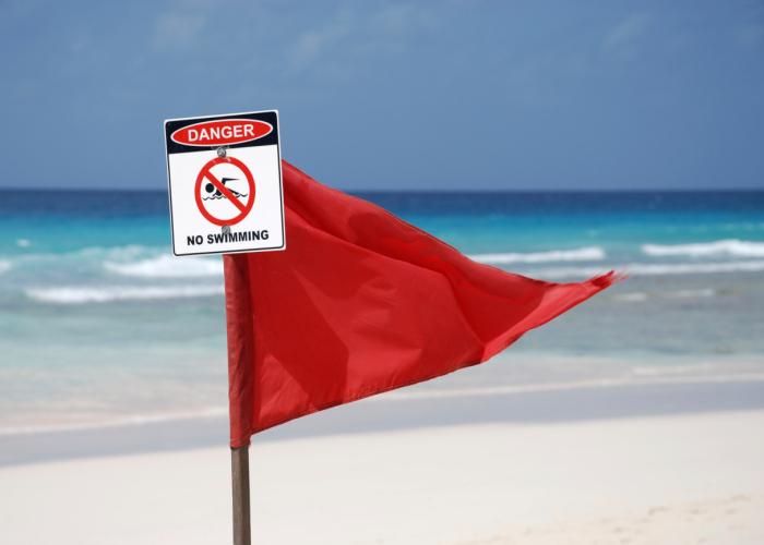 https://bettyboop426.files.wordpress.com/2014/11/red-flag-beach.jpg