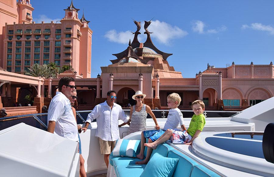Yacht-Rhino-Bahamas-Atlantis_CD0125_SM_w.jp